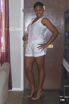 white Guess Romper - gold Forever 21 necklace - brown shoes