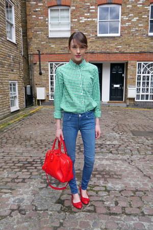 Gap shirt - Hudson jeans - jaeger bag - Monica Vinader bracelet