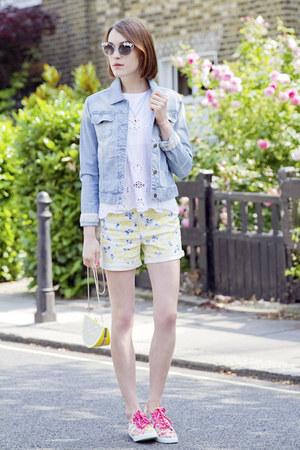 Anne Bowes Jewellery necklace - Paul & Joe Sister jacket - Gap shorts