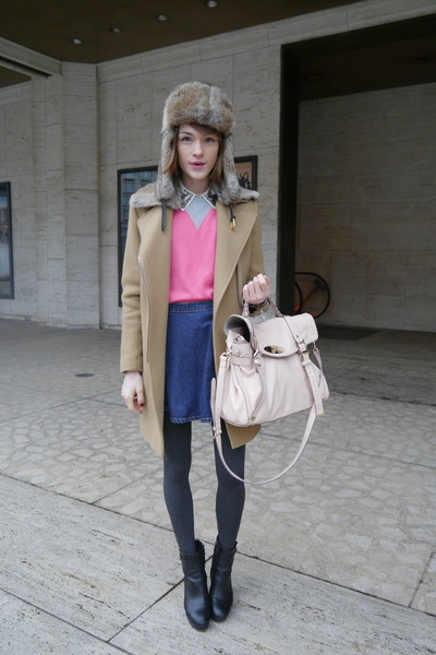 Massimo Dutti boots - SANDRO coat - Zara shirt - Mulberry bag
