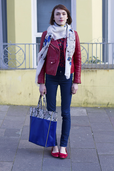 Club Monaco jacket - Alexander McQueen scarf - Kurt Geiger bag