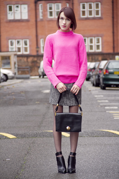 Alexander Wang boots - Sonia Rykiel bag - Theory skirt