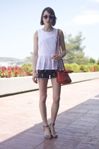 Anne Bowes Jewellery necklace - Paul and Joe Sister bag - Juicy Couture shorts