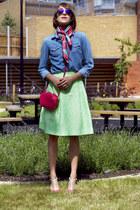Topshop shirt - Valentino bag - Ray Ban sunglasses - Jonanthan Saunders skirt