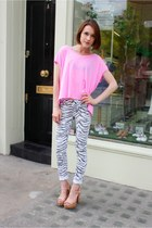 Current Elliott jeans - Splendid t-shirt - Kurt Geiger sandals