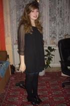 H&M blouse - f21 dress - H&M hat - Goertz 17 shoes