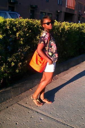 leather bag Mango bag - white coton H&M shorts - ray ban like Forever 21 glasses