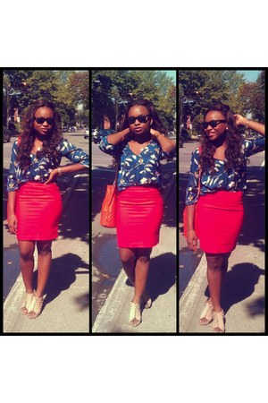 blue flower Zara blouse - Mango bag - pencil skirt H&M skirt - Locale wedges