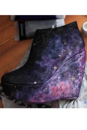 deep purple nebulas stars boots