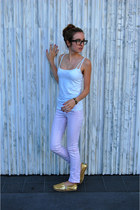 Hermes bracelet - J Brand jeans - Forever 21 top - Ray Ban glasses - TOMS flats