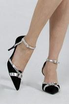 Black-evening-shoes-heels