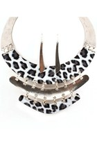 Necklaces & earrings set - animal print
