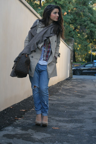 blue Zara jeans - camel Zara blazer - dark brown Louis Vuitton bag