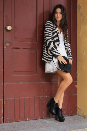 black Zara blazer - white Zara skirt