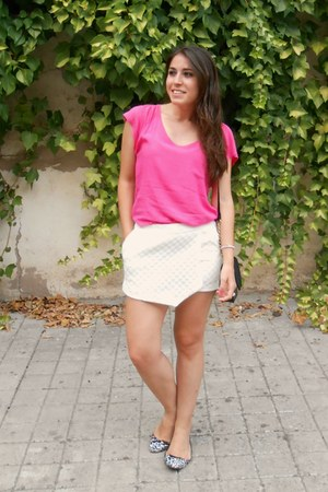 H&M bag - Stradivarius shorts - Zara flats - H&M t-shirt