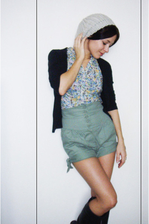 Topshop shorts - H&M blouse - H&M cardigan - reservd hat - Topshop boots