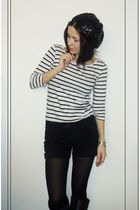 white H&M shirt - black camaieu shorts - black Topshop boots - black New Yorker