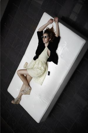 Manoush coat - Zara dress - Italia Indipendent sunglasses - Aldo heels