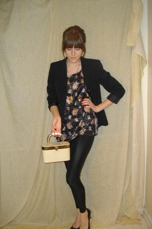 black Apt 9 blazer - black unknown brand blouse - black American Apparel legging