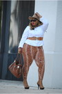 Wool-tan-fedora-torrid-hat-spandex-roam-new-york-tights-leather-prada-bag
