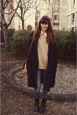 Chloe boots - thrifted coat - thrifted sweater - vintage bag