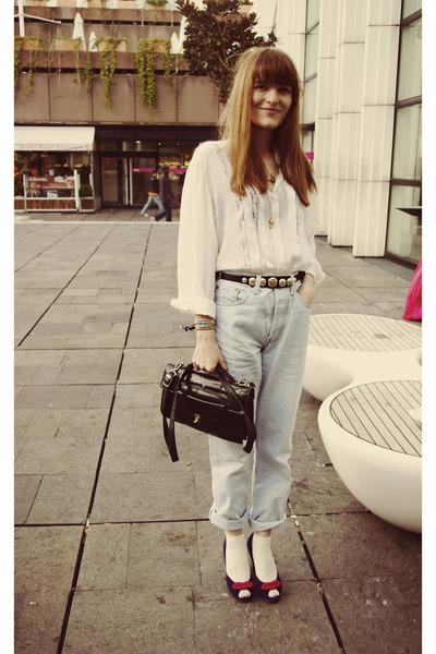 blue Chie Mihara shoes - blue Levis jeans - white shirt - black purse