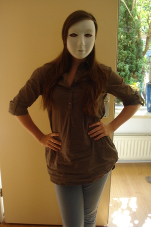 brown Vero Moda blouse - blue H&M leggings - white accessories