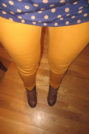 top - boots - leggings
