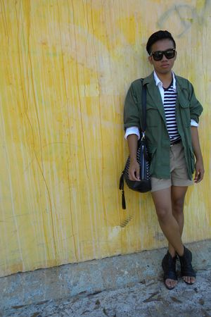 green vintage jacket - black hm shirt - beige Gap shorts - black f21 purse - DIY