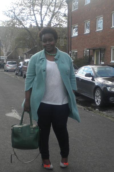 white top Zara top - chic coat - skinny jeans Dorothy Perkins jeans
