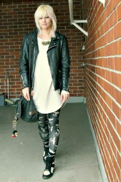 black biker vintage jacket - off white GINA TRICOT sweater