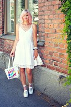 white lace dress - white secondhand bag - white mesh sneakers