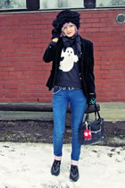 black faux fur vintage hat - blue skinny jeans One Green Elephant jeans