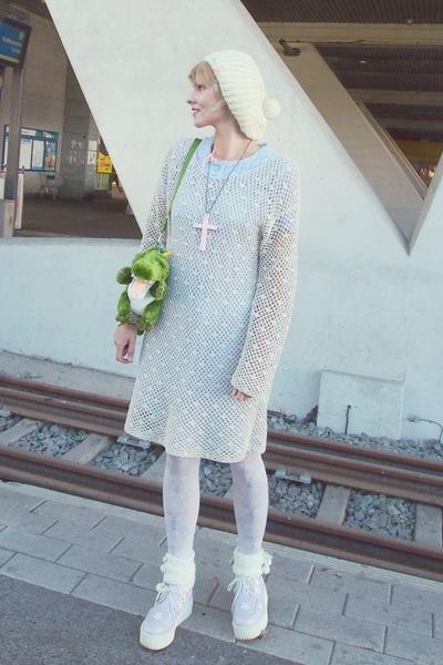 light purple 60s nightgown vintage dress - ivory knit beanie vintage hat