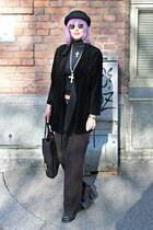 black thrifted nanso coat - black H&M hat - black vintage hm 70s vintage top