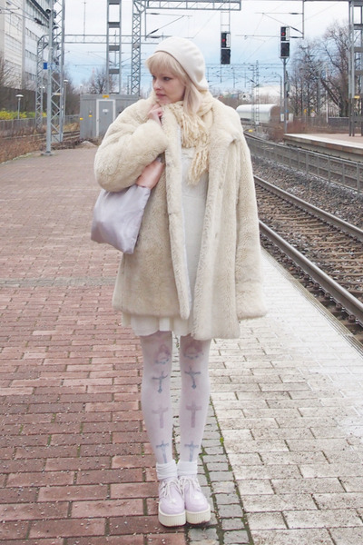White-liz-lisa-dress-ivory-fake-fur-vintage-coat-light-purple-swimmer-bag
