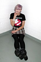 black ghostbusters 80stees t-shirt - black vintage shoes