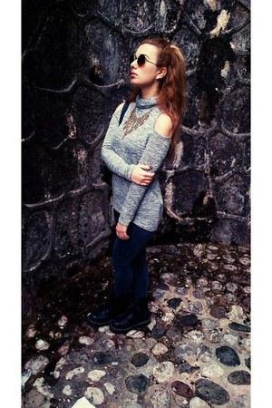 black Dr Martens boots - dark gray pull&bear jeans - silver Bershka shirt