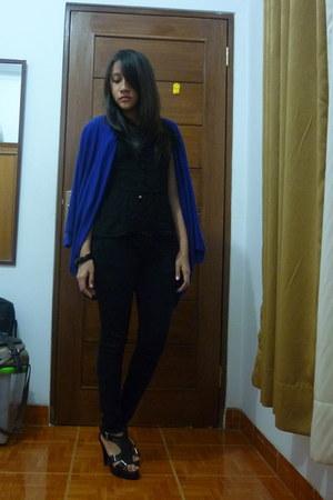 blue oversized unbranded cardigan - black point one jeans - black NyLa top