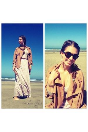 tan 2hand jacket - beige H&M dress