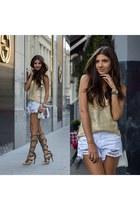 white white Sheinside shorts - Jadu bag - heather gray Jessica Buurman sandals
