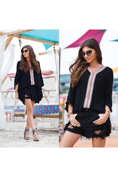 black shein shorts - black Boohoo sunglasses - black shein top