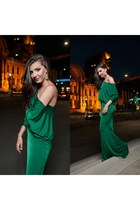 long green carmenvladro dress - yellow topaz Borealy earrings