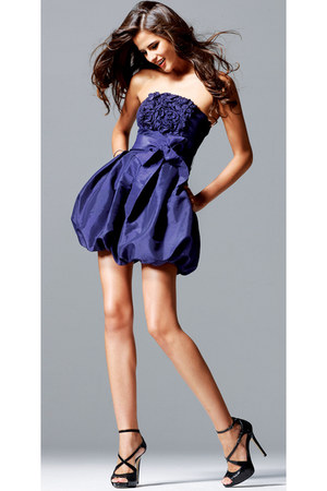 violet gifted dress - black D&G shoes