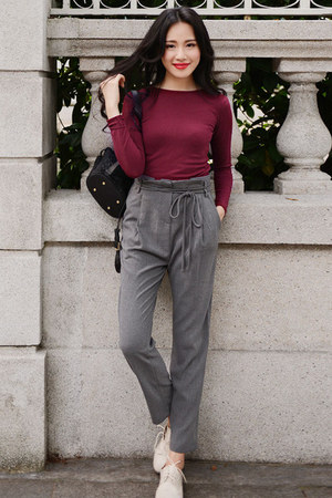 gray high waisted Larmoni pants