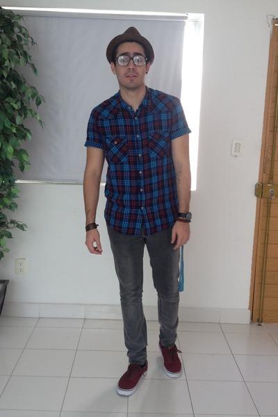 brown ecko hat - blue pull&bear shirt - maroon Vans sneakers