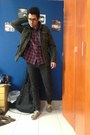 Black-pull-bear-jeans-dark-green-cubus-jacket-maroon-cubus-shirt