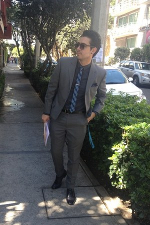 black arena shoes - black pull&bear shirt - blue Tiziano tie