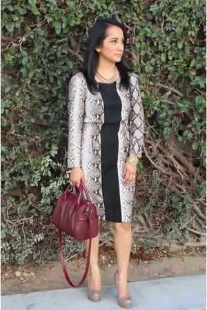 beige python print Zara dress - ruby red red handbad Zara bag
