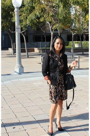 black H&M blazer - camel tiger print Forever 21 dress
